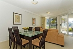 Kirra Apartments Livingroom