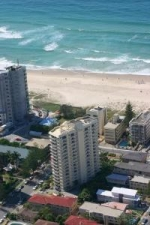 Surfers Beach Side Apartments Ocean Views