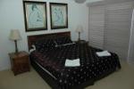 Devillea Apartments 2 Bedroom Master