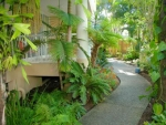 Surfers Beach Holiday Apartments, Beautiful Gardens