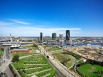 Grand Harbour Watergate Apartments, Docklands Beautiful Park Views!