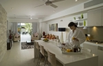 Coconut Grove Apartment - Kitchen