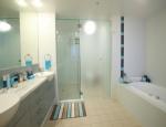 Aspect Apartments Bathroom