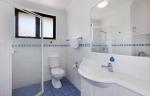 1 Bed Suite Bathroom