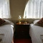 Guest Room: Twin Room