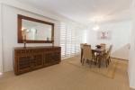 Capricornia Broadbeach dining room