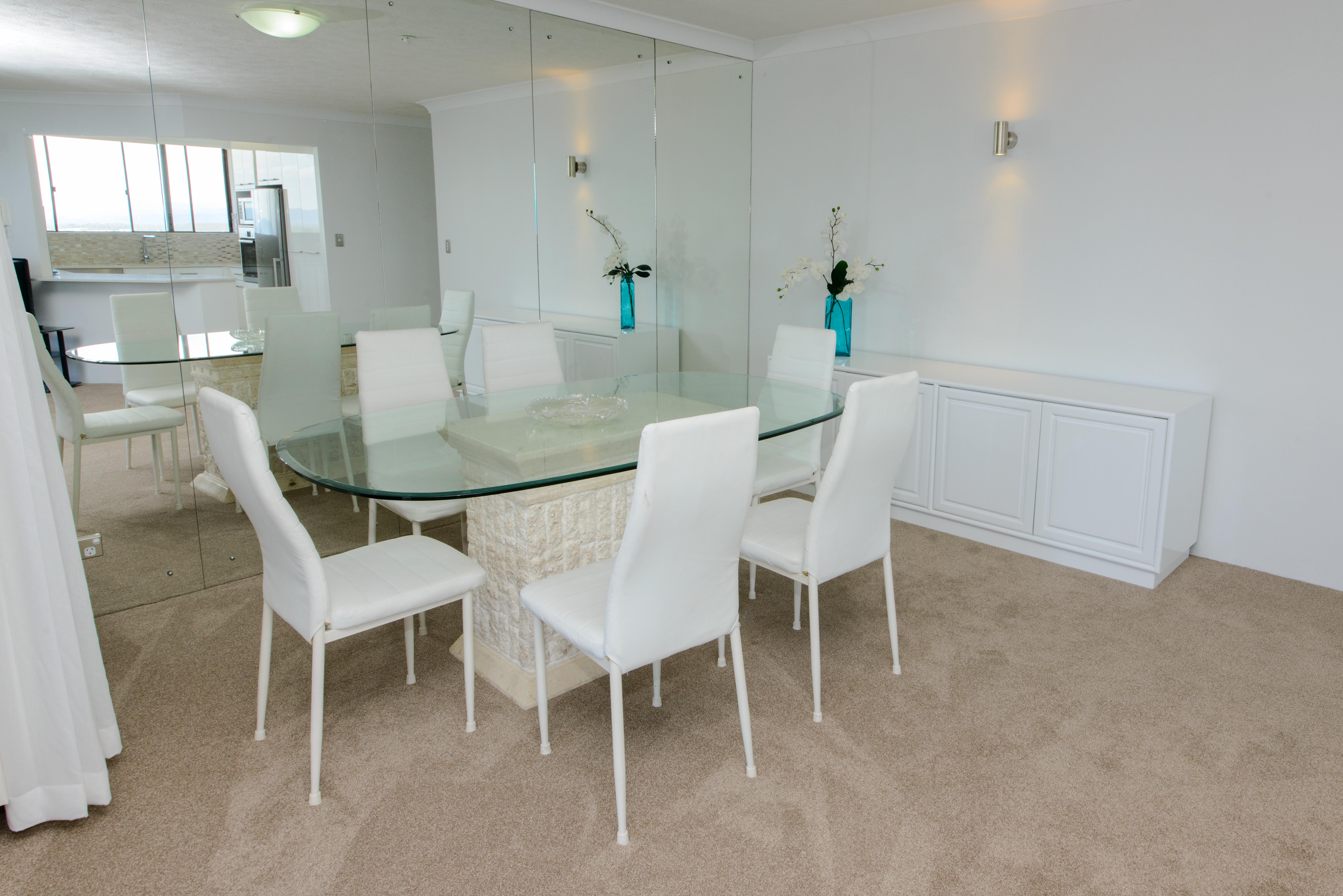 broadwater shores 3 bedroom deluxe dining room