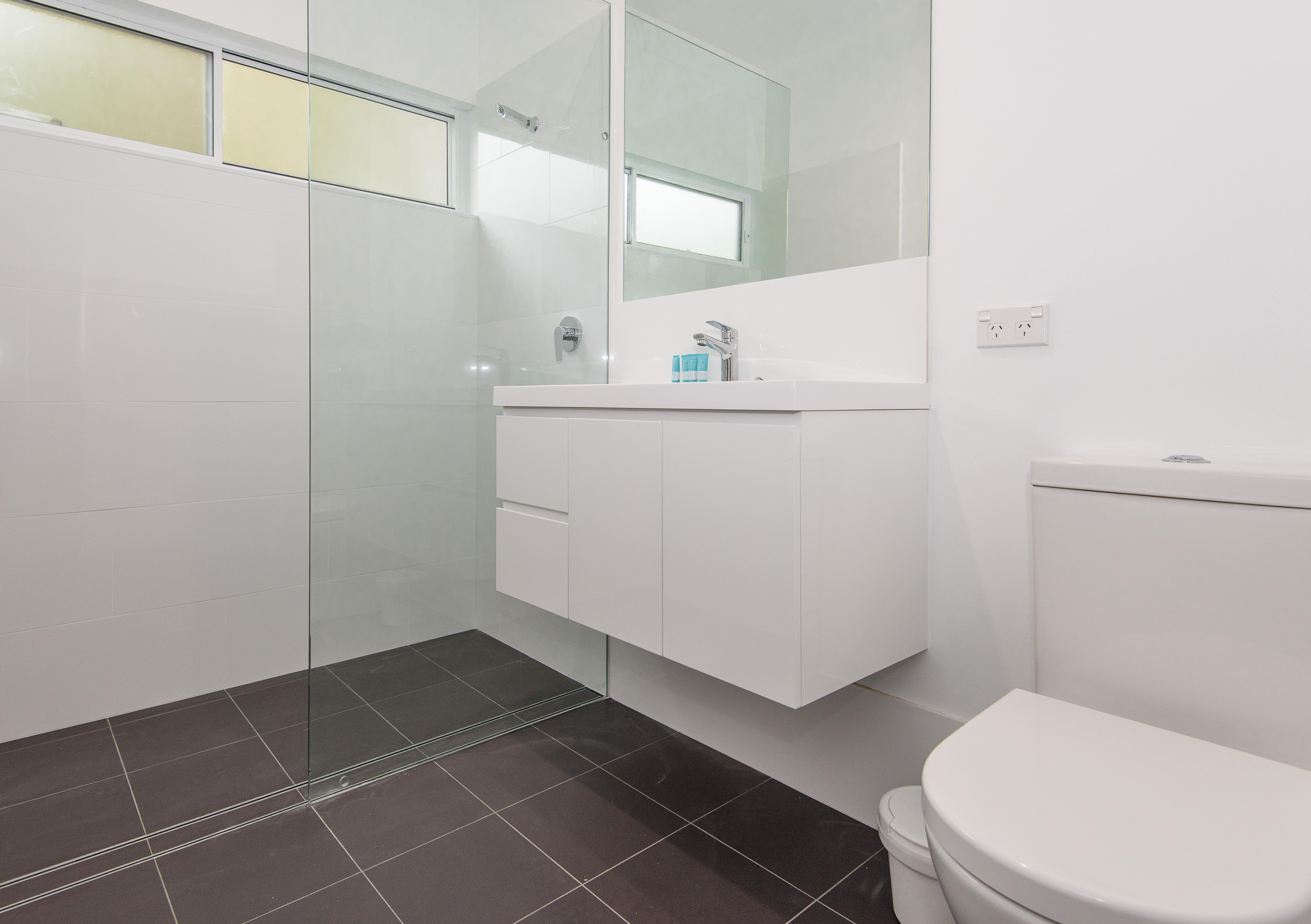 Nelsons Beach Cottage Bathroom Jervis Bay