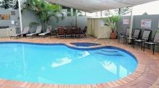 Bayview Beach Apartments Pool