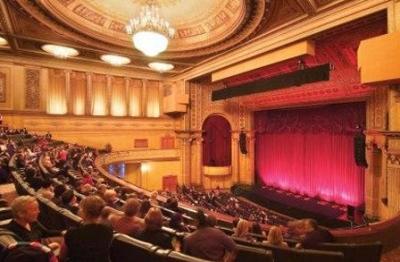 Accommodation near The Regent Theatre Melbourne