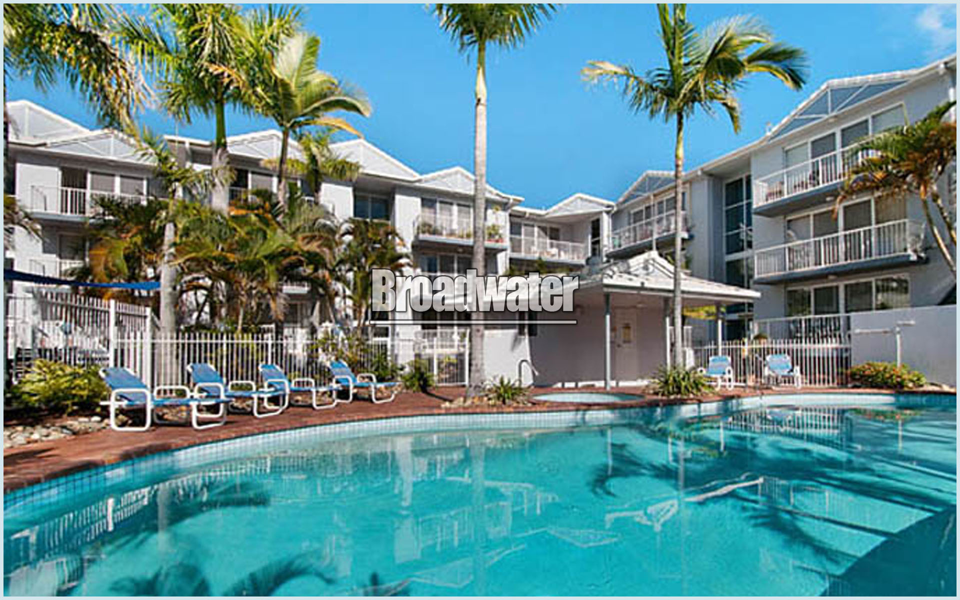 Champelli palms apartments broadwater apartments booktoday - Griffith university gold coast swimming pool ...